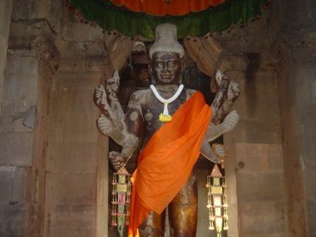 En budda figur i Angkor wat