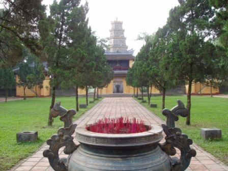 Tien Mu pagoden