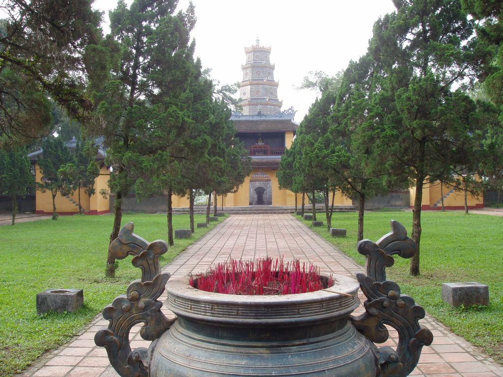 Thien Mu pagoden