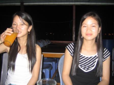 Oanh og hendes søster Hang