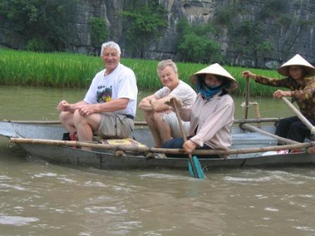Ninn Binh. Sejlads ved Tam Coc hulerne