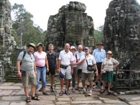 Gruppen + vietnamesiske venner