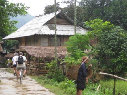 Cykeltur i Mai Chau