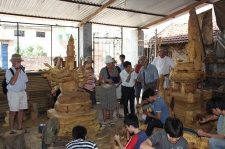 Besøg i landsbyen på værkstedet