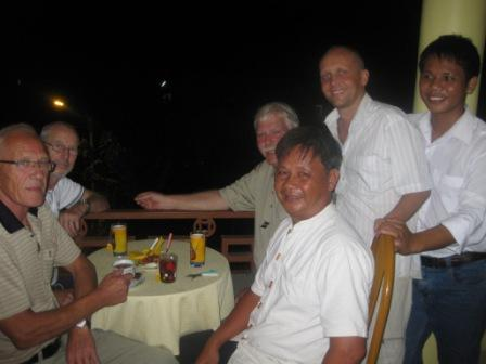 Sy, Robert og Anh