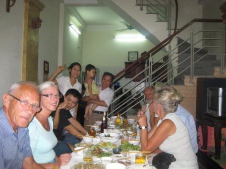 Middag hos Thu