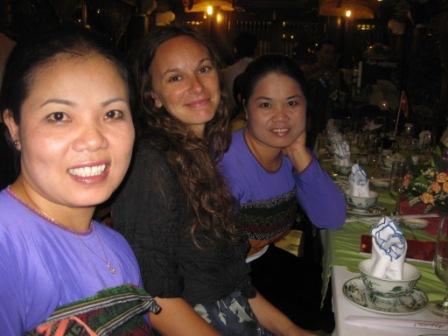 Thu, Sussie og Hoa