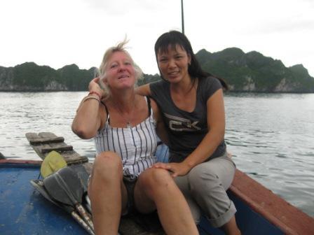 Annelise W + kaptajnen på båden