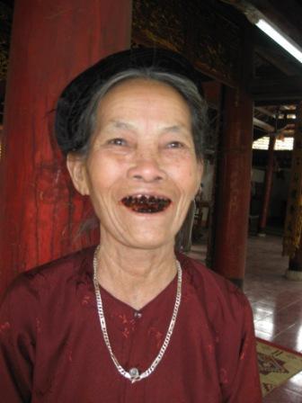 Ældre dame i pagode