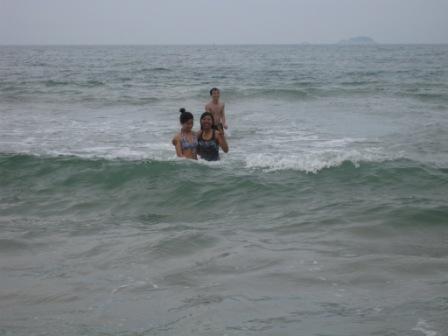 Minh, Hang og Sophal