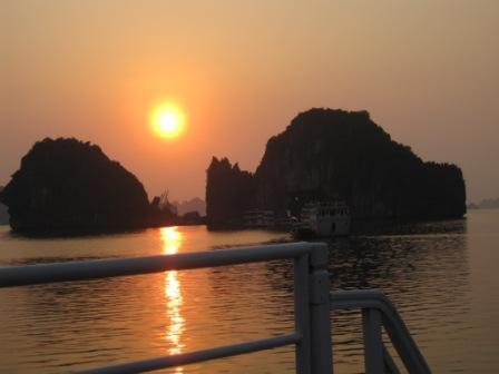 Solnedgang set på båden